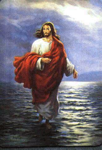 jesus_cristo_sobre_as_aguas.jpg